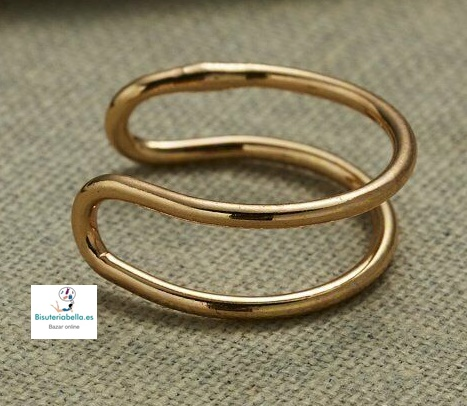 Pendiente dorado doble anilla fina en clip  abierto