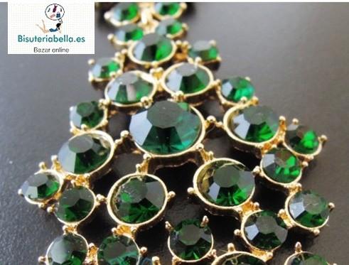 Prendedor doble dorado cristales verdes con lagrima a juego