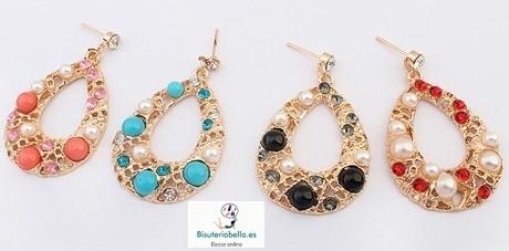 Pendientes dorados ovalados perlas blancas y piedras de varios tonos a elegir