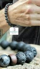 Pulsera ajustable imitando piedra volcanica y detalles