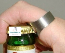Abre-botellas en forma de anillo
