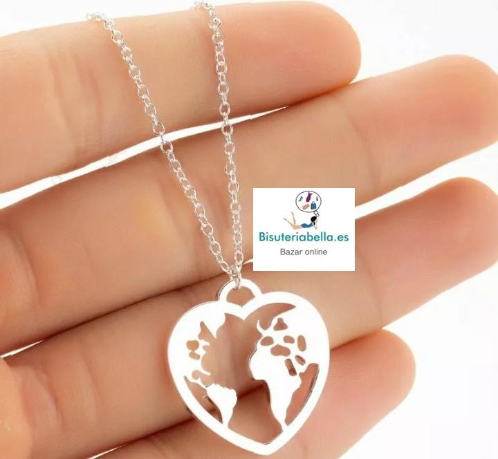 Colgante mapa mundo en forma de corazón a elegir
