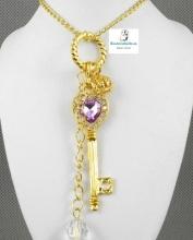 Colgante en forma de llave y corazon con amatista largo tonos a elegir