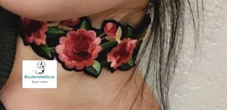 Gargantilla efecto Parche  ''Choker'' floral ajustable