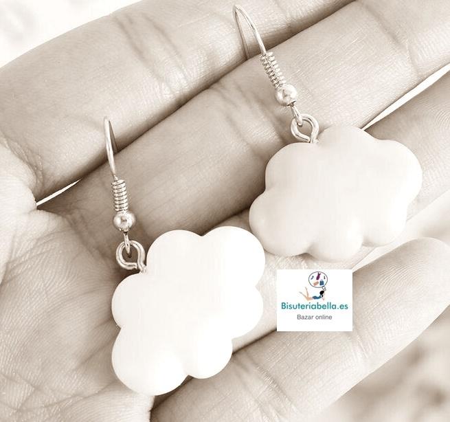 Pendientes Nubes blancas kawaii