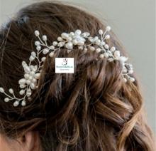 Pasador en pinza con efecto floral perlas