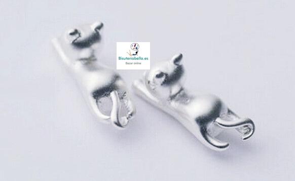 Mini-Pendientes Plateados Gatitos balanceandose