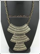Collar grande bronce,estilo medieval en fila,con cadenas