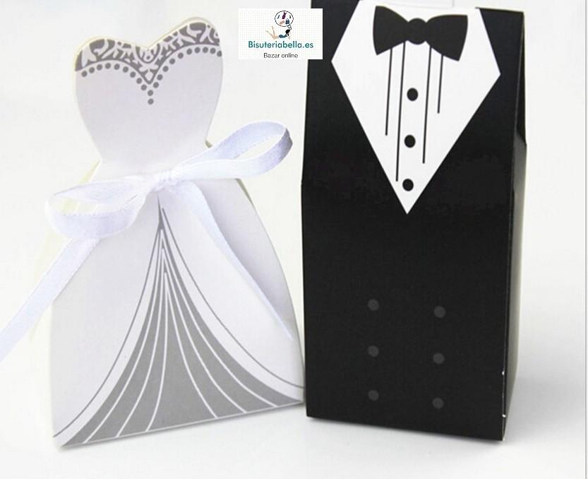 Caja trajes novios a elegir para regalo invitados