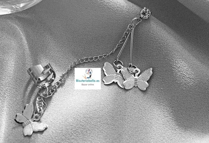 Pendiente plateado triple mariposa y cadenas ,ajustable a la oreja
