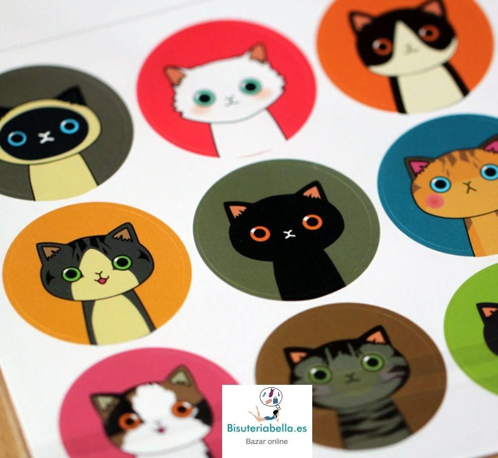1 Hoja pegatinas redondas gatitos Kawaii
