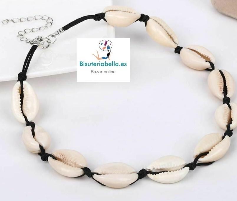 Gargantilla conchas y cordon negro ajustable