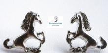 Pendientes plateados pequeños caballo
