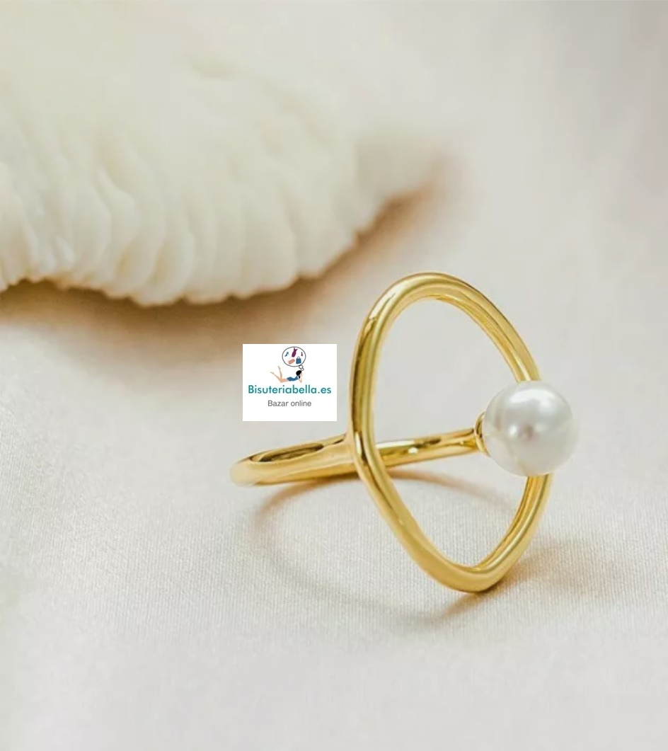 Anillo dorado geométrico círculo y perla