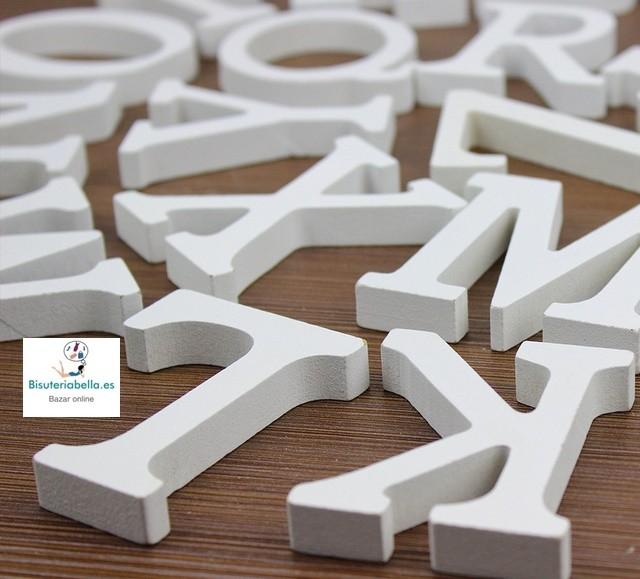Letras de madera blancas a elegir
