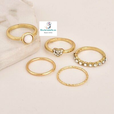 Set 5 anillos dorados midi ,brillantitos corazón,liso,mineral