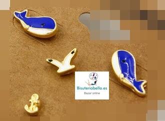 Pendientes Chapados Oro Ballenas y detalles a elegir