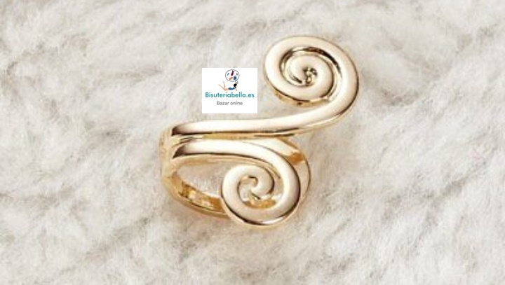 Pendiente dorado símbolo celta clip  abierto