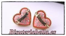 Pendientes pequeños en forma de corazon dorados Love rosas con brillantitos blancos